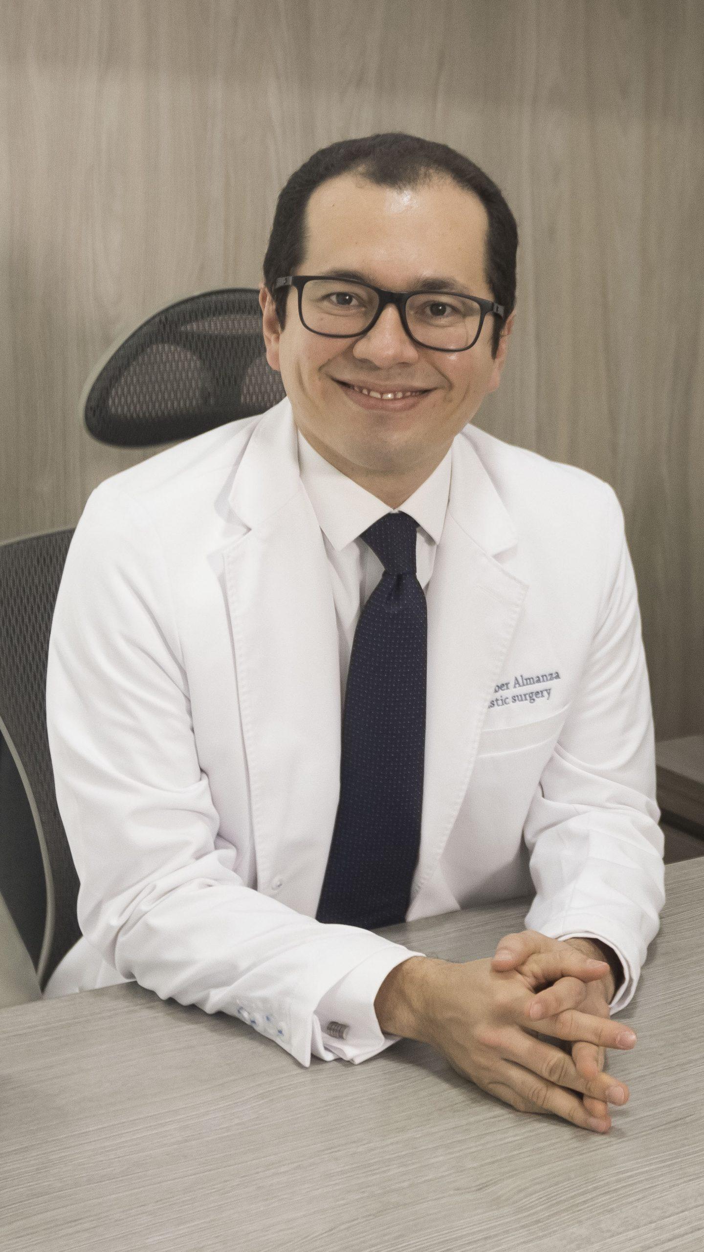 Dr. Ruber Almanza